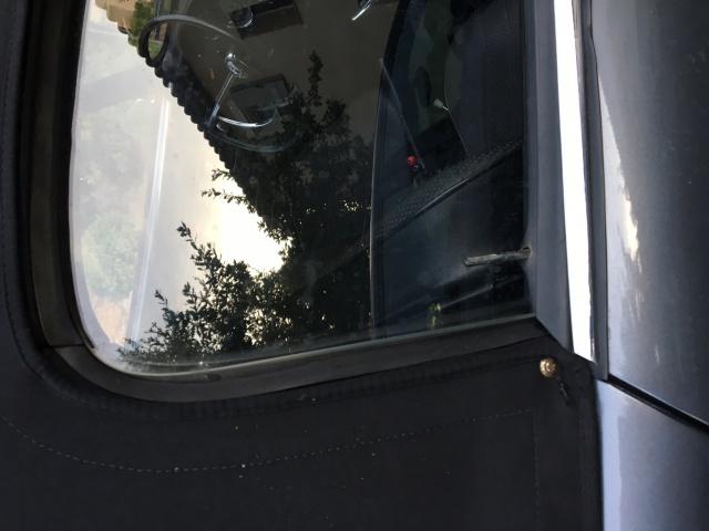Modèle vitre cabriolet 420502IMG5522