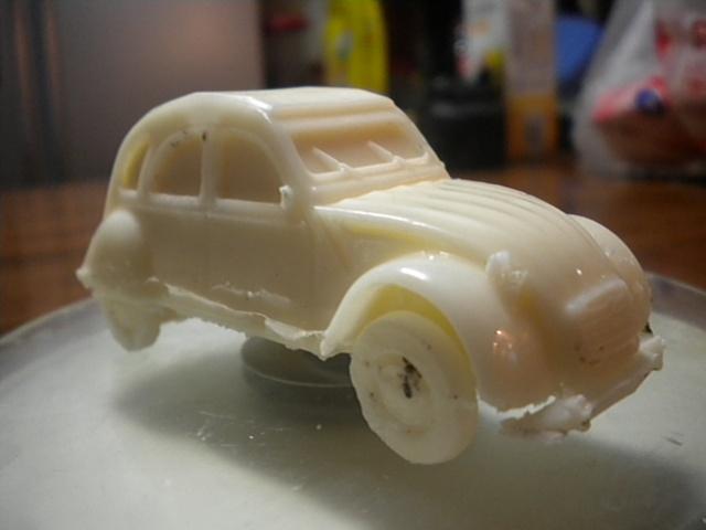 fabrication de 2cv miniature en plastique prototype 421725DSCN5740