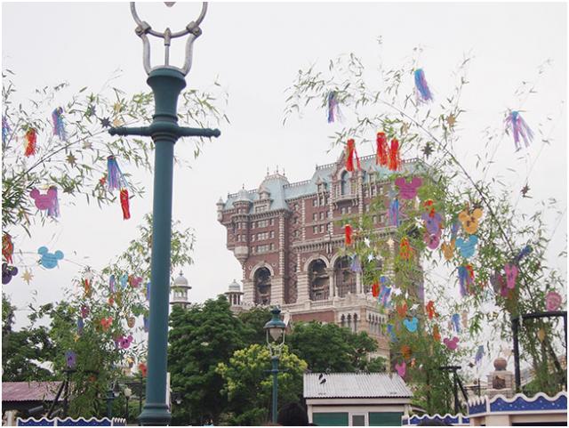 [Tokyo Disney Resort] Programme complet du divertissement à Tokyo Disneyland et Tokyo DisneySea du 15 avril 2018 au 25 mars 2019. 429801td6