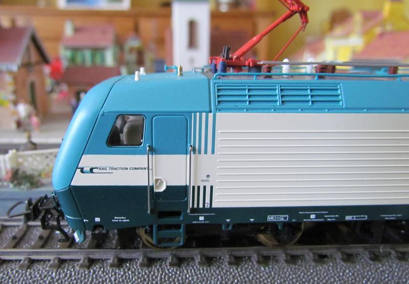 Une belle italienne en 3 rails chez Roco 431445IMG5771