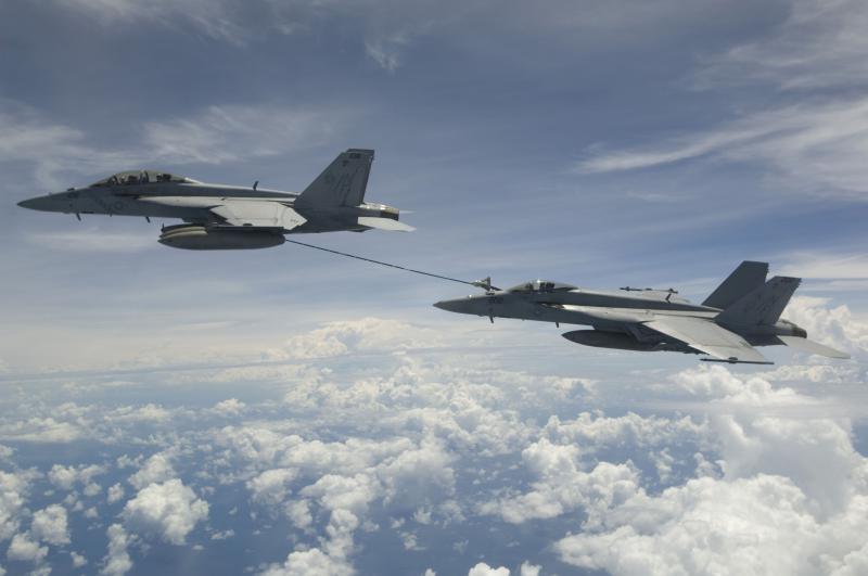 BOEING F/A-18E et F SUPER HORNET  434280BoeingF18FRAVBoeingF18E