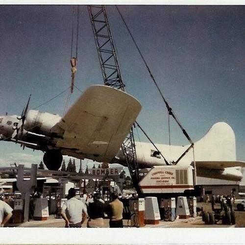 """l'histoire du B-17G 44-85790 le """"Lacey Lady"""" 434308laceylady"""