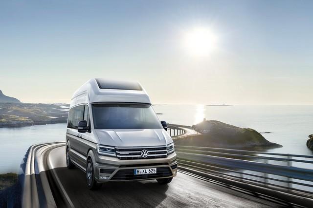 Le clou du Salon de la caravane ce mois d'août : Le Concept camping-car California XXL basé sur le Crafter 434310hd32calixxlstimmungsbildbruckecopie