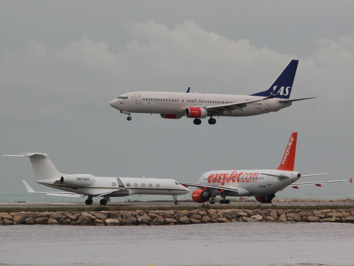 Aéroport de Nice Côte d'Azur , [LFMN-NCE] - Page 6 441422IMG0758