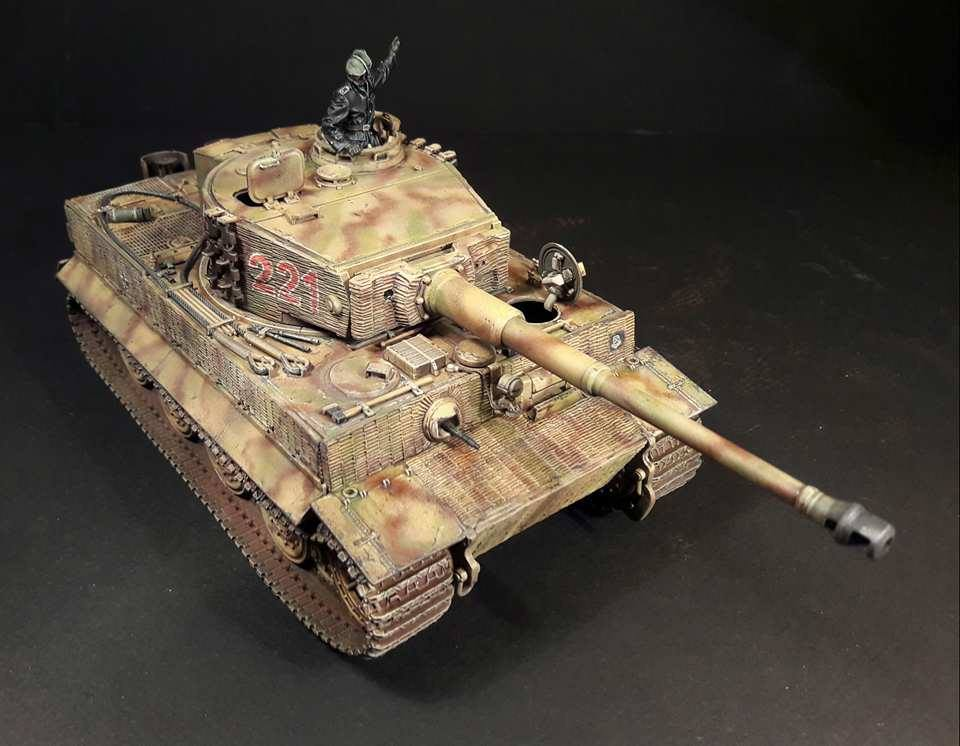 Tiger I Late production - Normandie 1944 - Dragon - 1/35 - Page 3 4418881796558910210966554654376577754977n