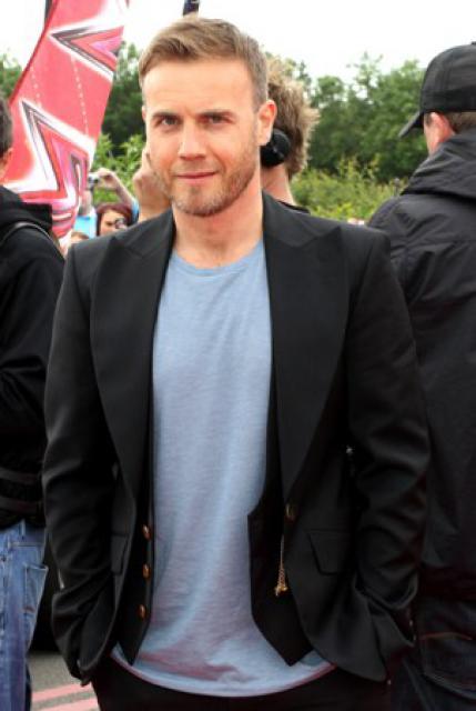 Gary arrive à l'audition de X Factor à Birmingham 1/06/11 4433201