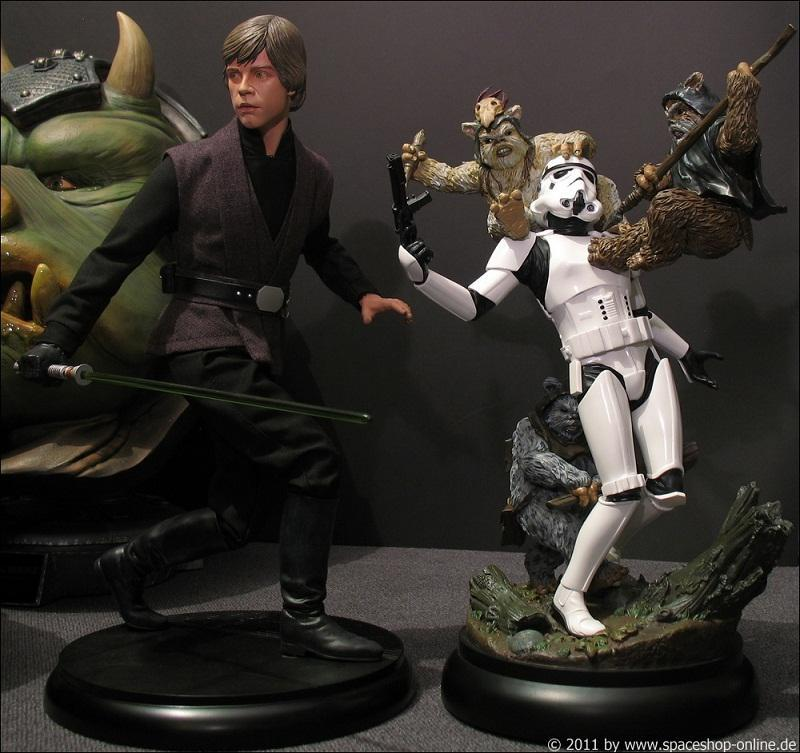 """Fall of the Empire"" – Ewoks vs. Stormtrooper Diorama 4471940174"