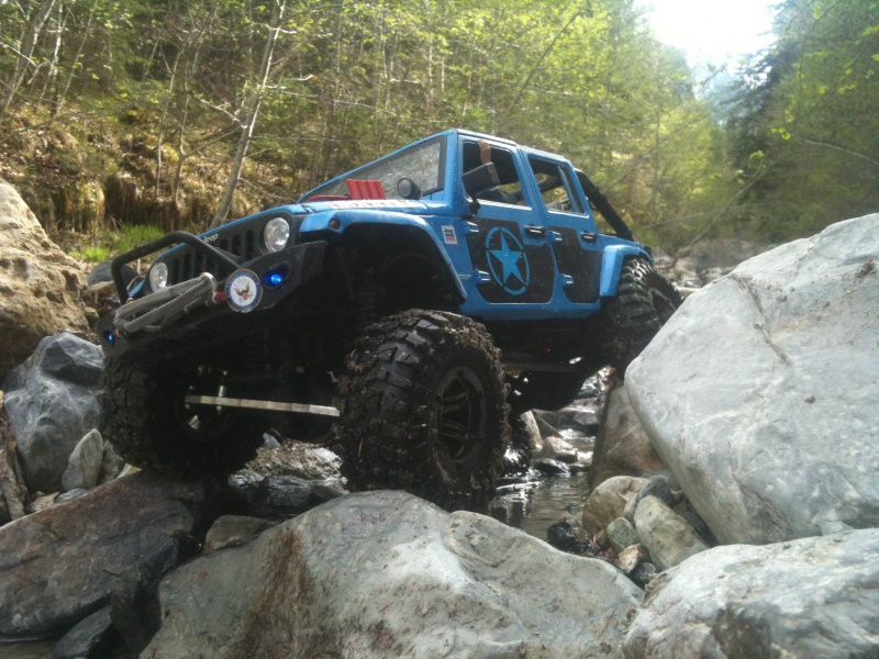 AXIAL SCX10 Jeep US NAVY - Page 2 447566photo1