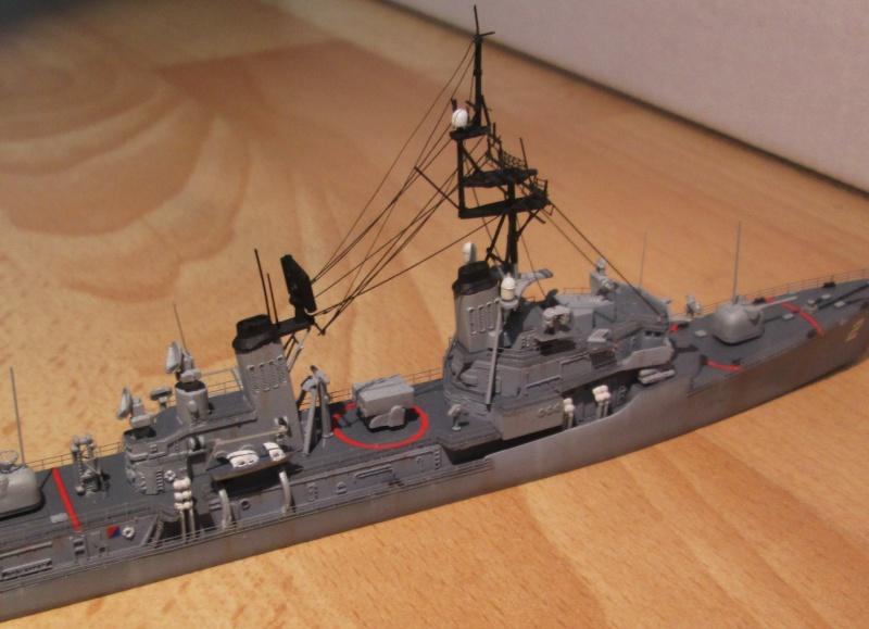 USS Charles F. Adams 1/700 447937IMG0578