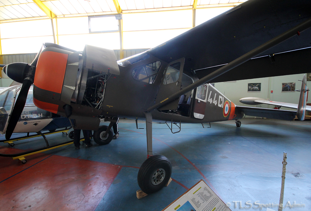 musée de l'aviation de st victoret - Page 2 448774BroussardFrenchAirForce40StVictoretMuseum100513EPajaud