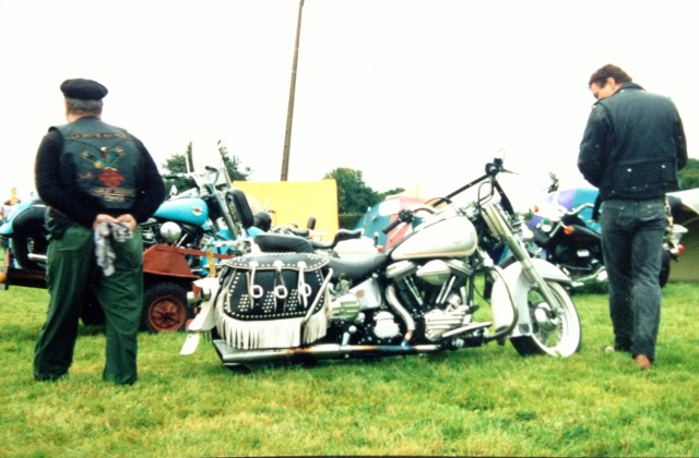 Les vieilles Harley....(ante 84) par Forum Passion-Harley - Page 37 449893image283