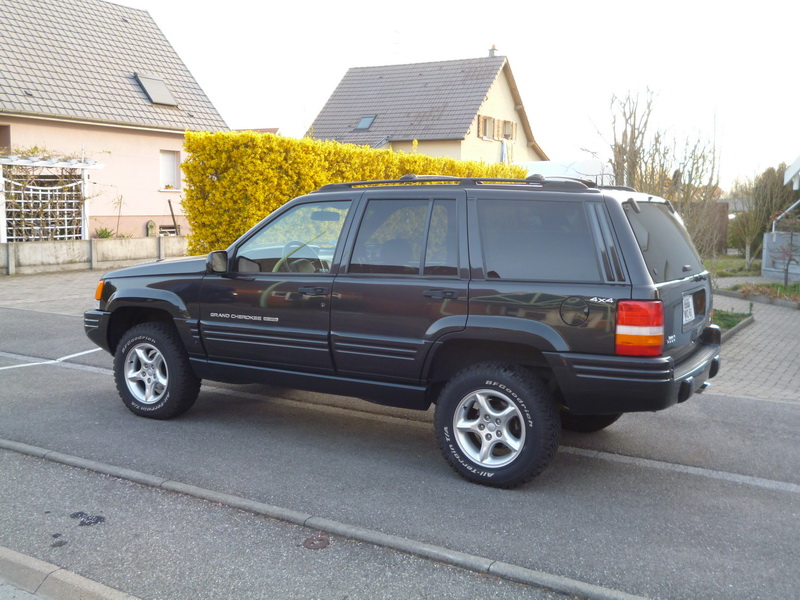 Jeep Grand Cherokee 5.9L V8 Limited LX 1997 451637P1020771