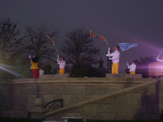 [Disneyland Paris] Premier séjour au DLH (31 janv.-2 fév. 2011) + un anniversaire inoubliable ! - Page 4 452758245