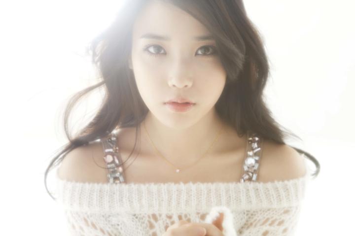 "IU >> Single ""Spring of a Twenty Years Old"" - Página 2 457136iu20111116"