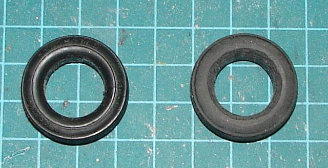 Les décalques de pneus 460127tiredecal01