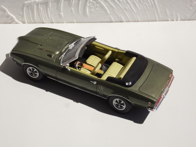 Pontiac Firebird 68 cab. (Fini)  - Page 2 460292SAM3982