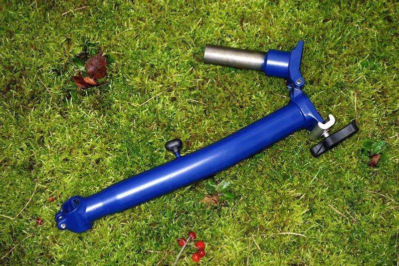 [VENDU] - Tube de direction - potence modèle H en bleu cobalt mat  461398DSC00690800