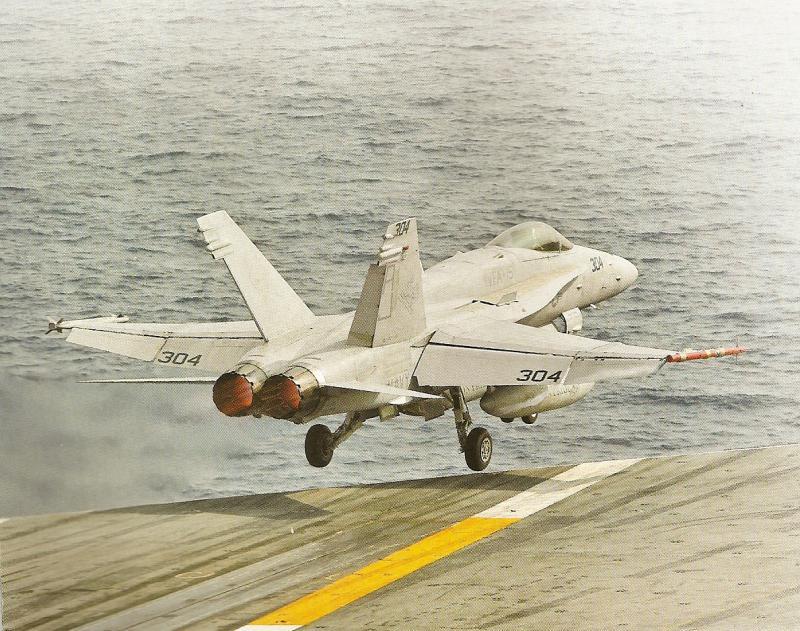 BOEING F/A-18E et F SUPER HORNET  462947BoeingF18SuperHornetcatapultage