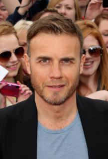 Gary arrive à l'audition de X Factor à Birmingham 1/06/11 463358MQ001