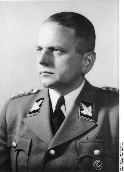 Otto Ohlendorf(1907/1951) 464779434px_Bundesarchiv_Bild_183_J08517_2C_Otto_Ohlendorf