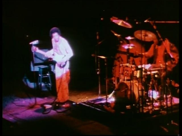 New York (Fillmore East) : 31 décembre 1969 [Second concert]  464976vlcsnap52154
