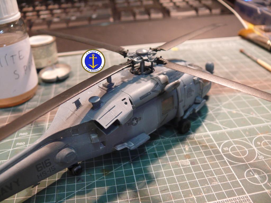 HH-60H RESCUE HAWK - Page 2 465618HH6034