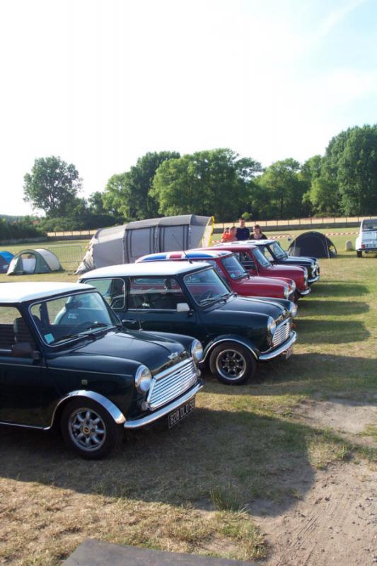 5 th Mini & deuche rally days 2 & 3 juillet 2011   471220DCP1792