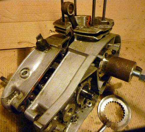 MZ 125 TS changement de roulements d'une MZ 125TS 472663P1030131