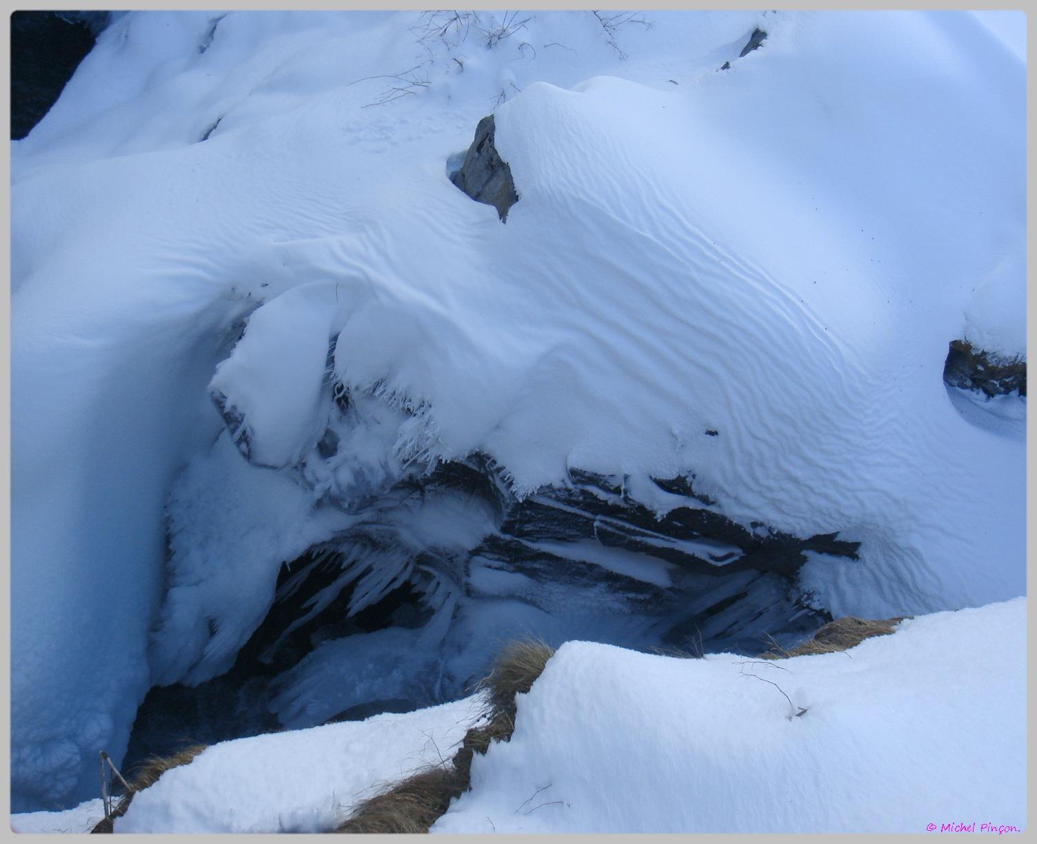 Une semaine à la Neige dans les Htes Pyrénées - Page 2 474703DSC012014