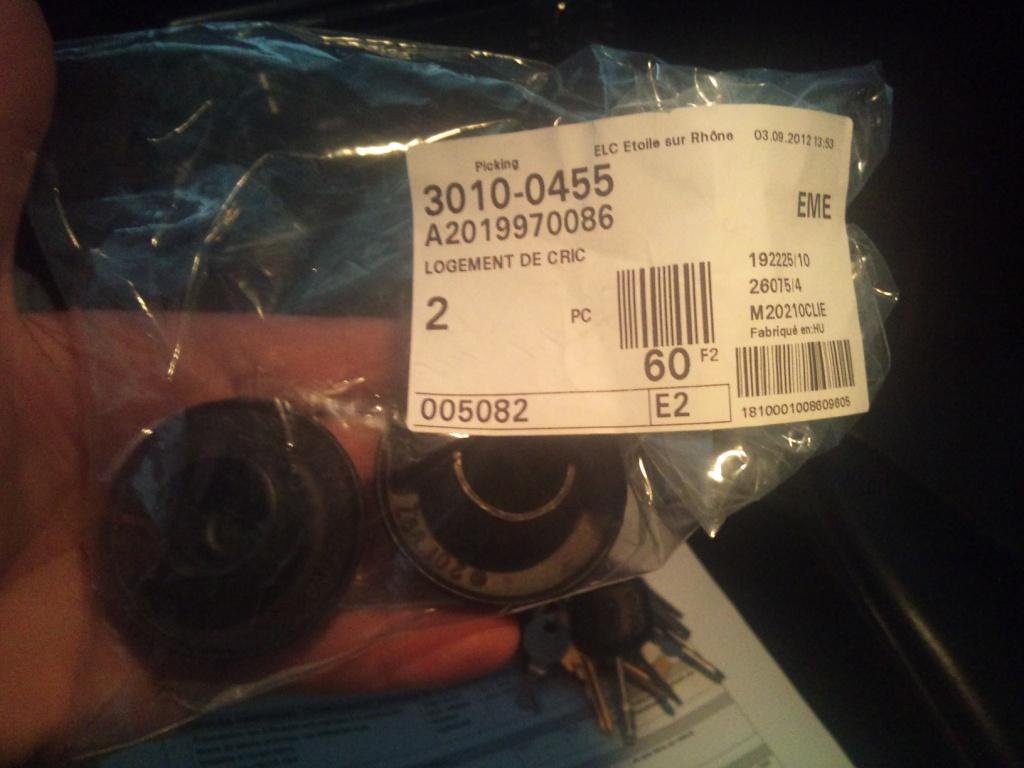 Mercedes 190 1.8 BVA, mon nouveau dailly - Page 10 475703DSC0001