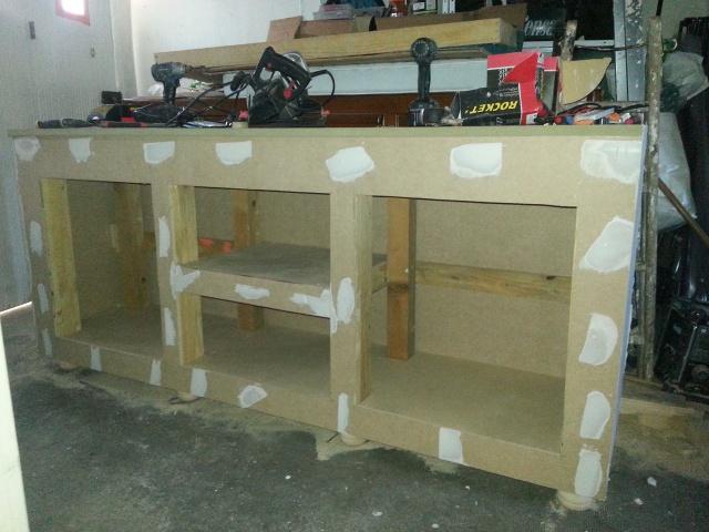 Construction d'un meuble en Chevrons de 8x8 pour bac 200cm 478980IMG20131209152241