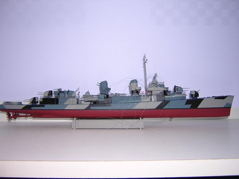 DD- 541 USS YARNELL 1/350, base Trumpeter 480087DSCN7081