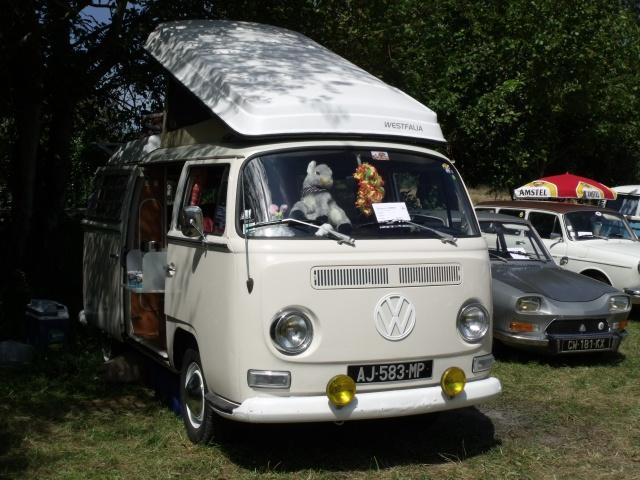 23e rassemblement de véhicules anciens et d'exception de Verna (38) - 2013 - Page 8 480490126VolkswagenCombi