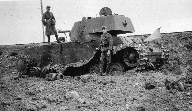 LFC : 16 Juin 1940, un autre destin pour la France (Inspiré de la FTL) 481059KownoPanzerschlacht194101RaBoe