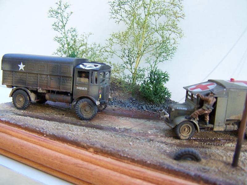 """AEC Matador et Ambulance Austin K2 """"au détour d un chemin"""" 482818MatadorAustinK2026"""