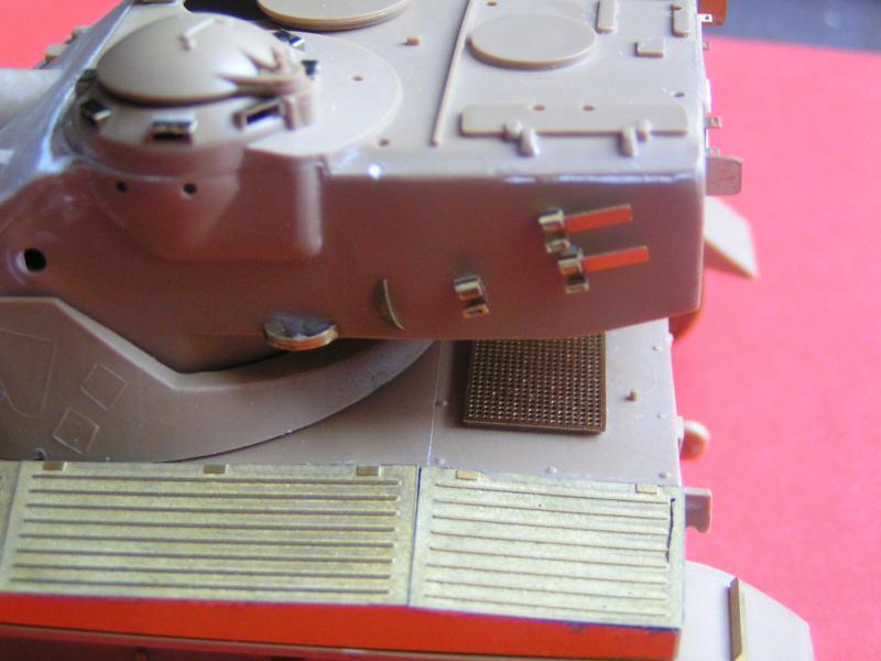 Kit de détaillage de l'AMX 13/75 de Heller 35ème 485328PICT0024