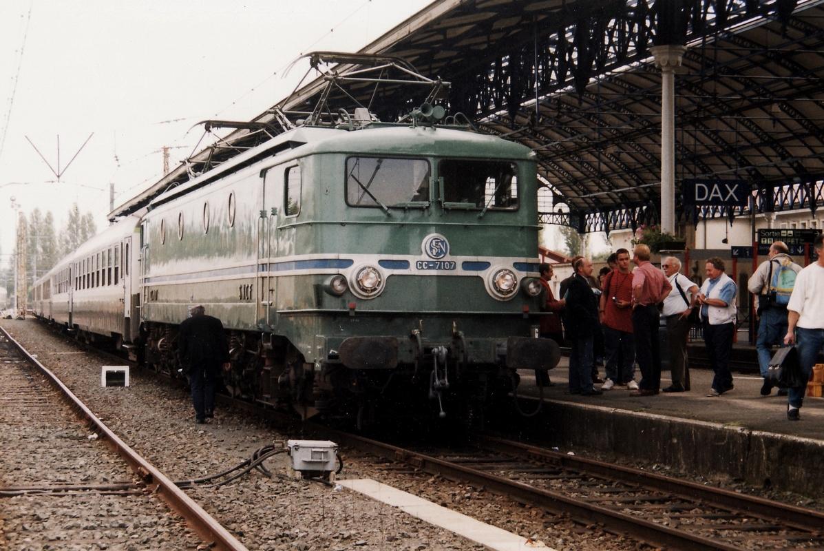 1999 - CC7107 train spécial IFC 2 octobre - Département des Landes 486365cc710719991002Dax