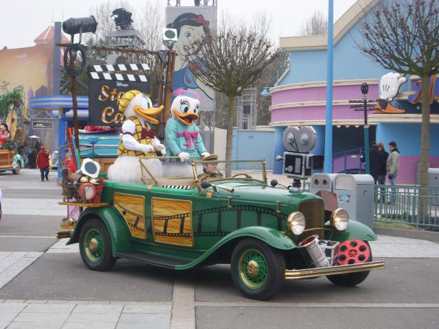 [Disneyland Paris] Premier séjour au DLH (31 janv.-2 fév. 2011) + un anniversaire inoubliable ! - Page 4 489817216