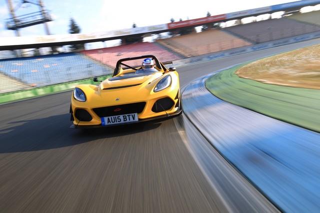 Lotus 3-Eleven établit un nouveau record au tour sur le circuit  d'Hockenheim  4898862016Lotus3ElevenSportAuto01