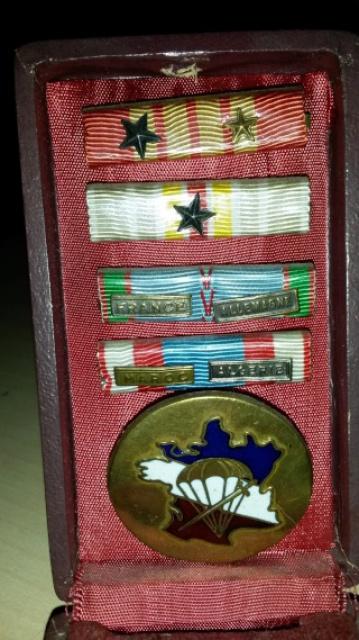 LES DÉCORATIONS AU CHOC 1943-1945. 490051DcosSgtLuquet1