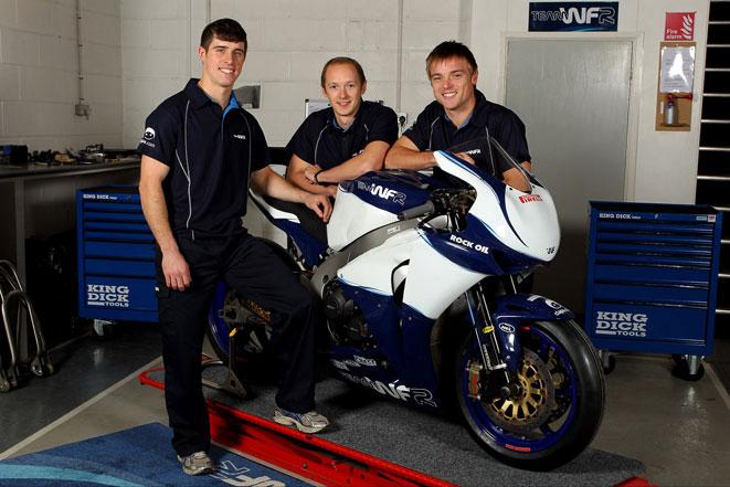 British Superbike BSB - Page 8 491061Web1