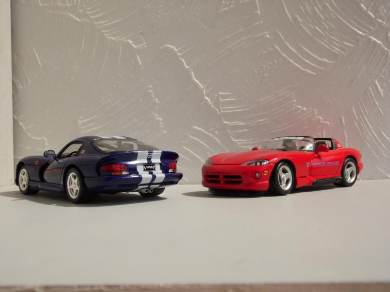 Dodge Viper RT10 et GTS. 491512SAM5036