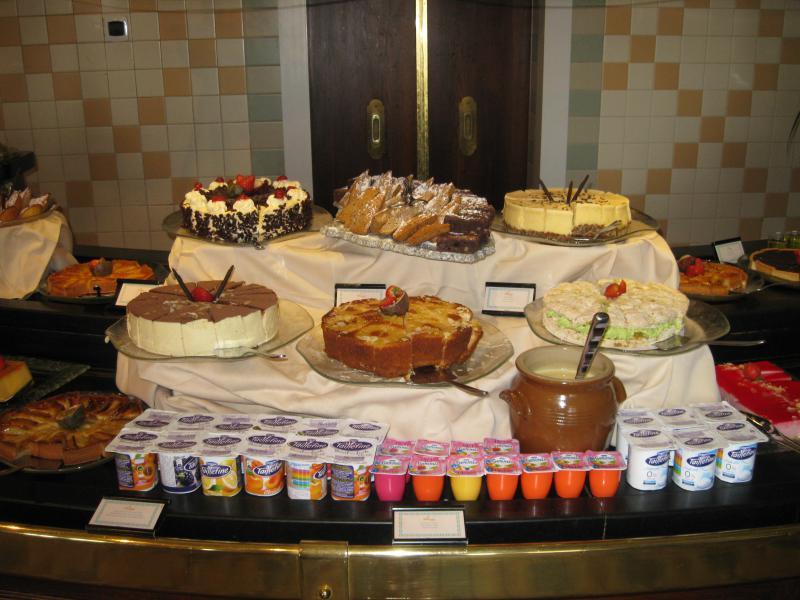 [Disneyland Paris] Disneyland Hotel - chambre Castle Club (8-10 décembre 2010) (début du TR p.9) - Page 10 495082IMG2490