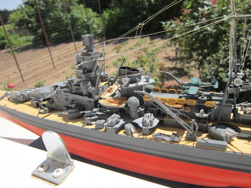 Croiseur de bataille Scharnhorst  au 1/350 de dragon - Page 10 495112IMG3147