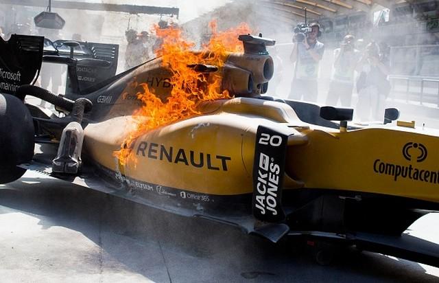 F1 GP de Malaisie 2016 (éssais libres -1 -2 - 3 - Qualifications) 4967352016KevinMagnussen2