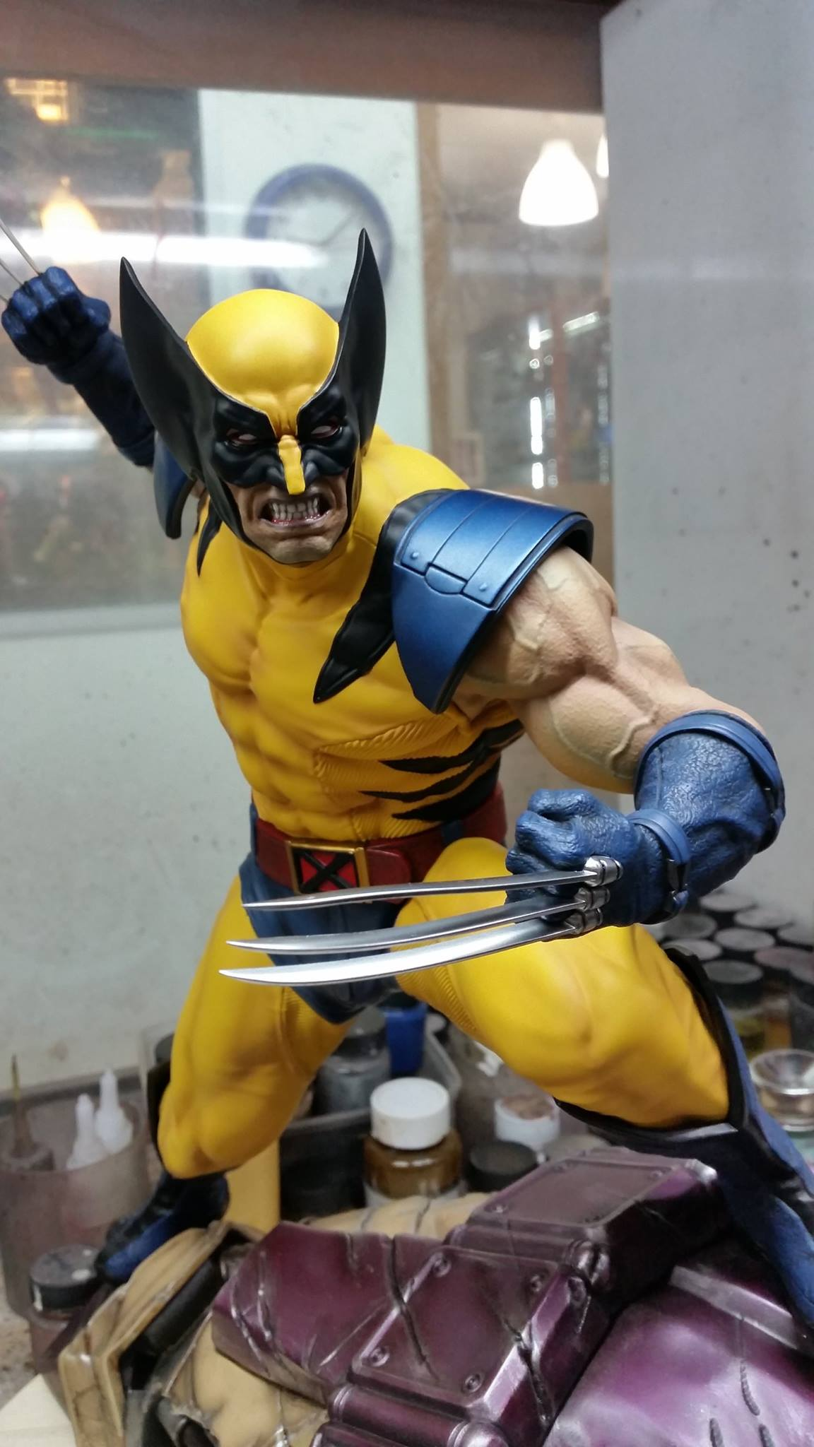 Premium Collectibles : Wolverine - Comics Version - Page 2 4990661046060714171091318431151700177611781895484o