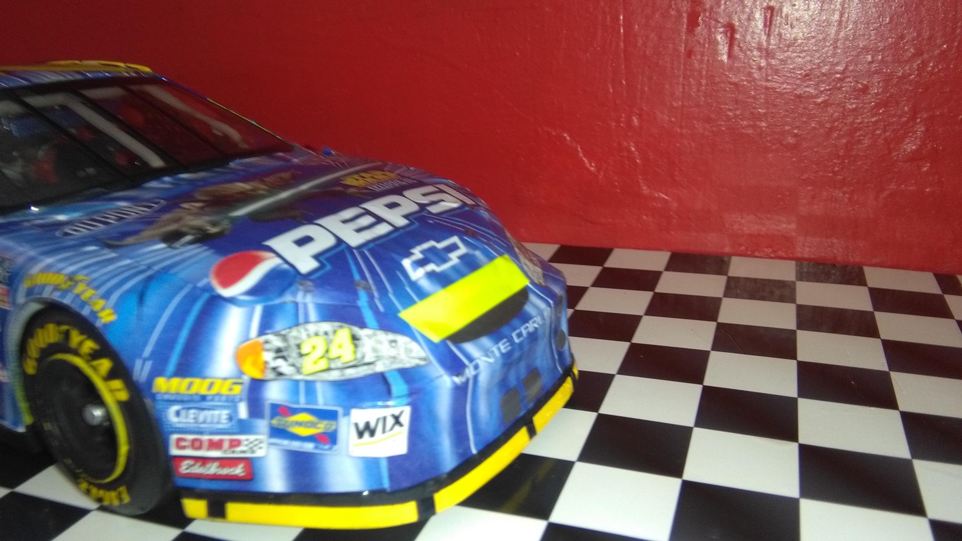 Chevy Monte-Carlo 2005 #24 Jeff Gordon Pepsi/Star Wars  500239IMG20170430170043