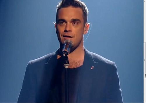 TT à X Factor (arrivée+émission) 500511robfpvijpg