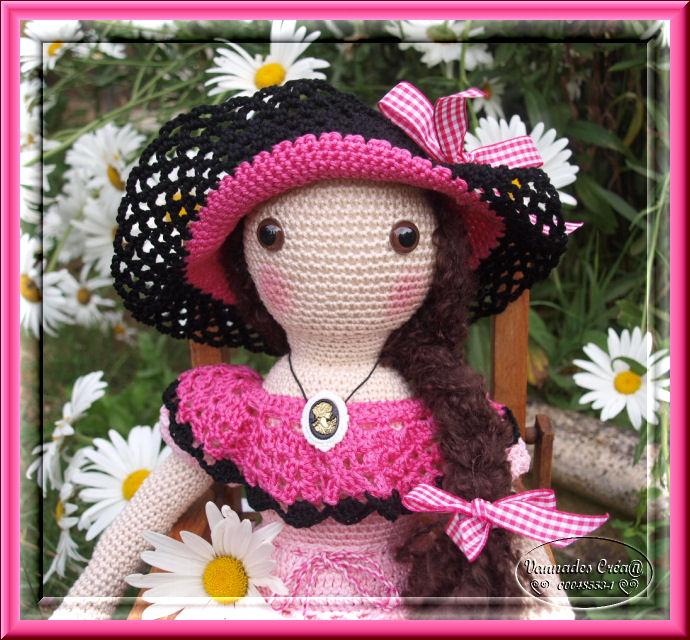 """Miss """" Lancy"""" poupée au crochet 503139visage"""