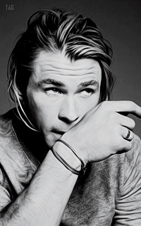Tag gallery - Page 2 5086045chrishemsworth9
